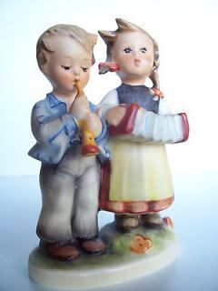 Hummel Figurine 218 2/0 Tmk 4 Birthday Serenade Rare Boy Playing Flute
