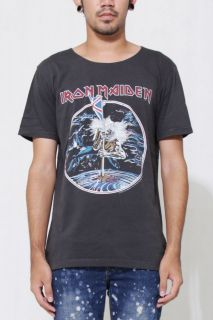 Iron Maiden The Beast on the Road TOUR Mens wide neck GRAY Rock T