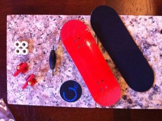 Red* Cred Wooden Complete Professional Fingerboard   FREE Worldwide