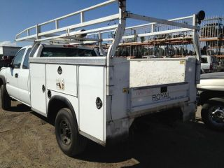 USED ROYAL 8 UTILITY SERVICE BED w LADDER RACK 05 Silverado Truck