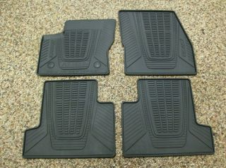 Ford Escape floor mats in Floor Mats & Carpets