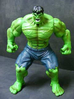 Incredible Hulk Action Figure Talking Smashing Flashing Eyes 2008