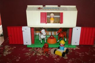 Vintage Fisher Price Farm with Farmer, Dog, Horse, Cow, ++ Door Moos
