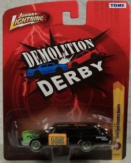 TOMY FOREVER 64 R25 DEMOLITION DERBY 1960 FORD COUNTRY SQUIRE