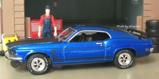 MUSTANG BOSS 302, Opening Hood, RRs, True 164 Diecast, #2758 of 4000