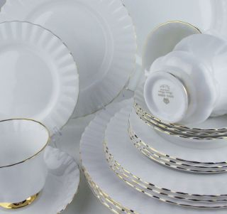 20 PC SET Royal Albert VAL DOR 4 x 5 PIECE PLACE SETTING made in