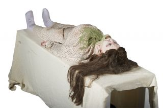 Exorcist Possessed Girl Animated Halloween Prop Haunted House