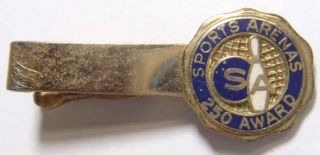 SPORTS ARENAS VINTAGE GOLD TONE BOWLING ARENAS 250 AWARD TIE CLIP