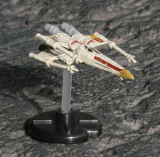 Star Wars Miniatures Starship Battles Rogue Squadron x Wing NM M Minis