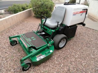 Bobcat ZT 100 Commercial Zero Turn Riding Lawn Mower 48