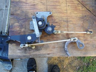 1981 Mercury 25 HP Outboard Boat Motor Tiller Shift Linkage