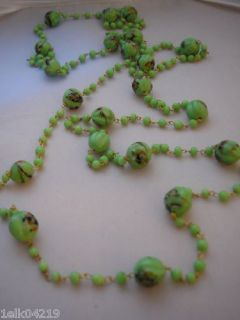 RARE Vintage Beautiful 52 Green Art Deco Flapper Glass Bead Necklace
