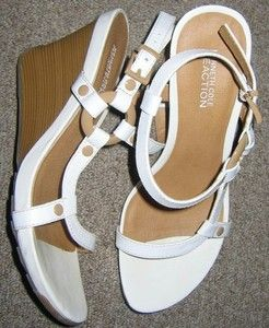 Kenneth Cole Reaction Cedar Grove Womens Wedges Sandals White Designer