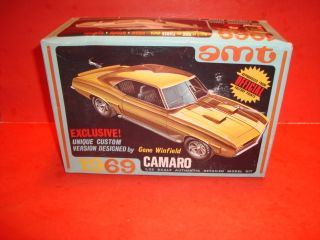 AMT 1969 Chevy Camaro Coupe Model Car Kit
