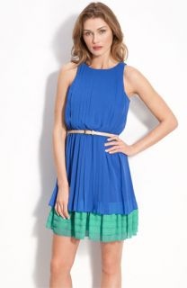 Jessica Simpson Sleeveless Chiffon Dress