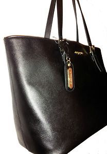 Cynthia Rowley Extra Large Saffiano Leather Tote Black