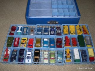 Lot of Matchbox Lesney Vintage Diecast Cars 1970 Carrying Case