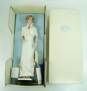 Diana Princess of Wales 17 Tall Porcelain Portrait Doll Franklin Mint