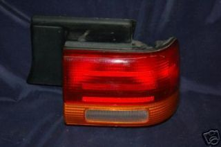 1993 1995 Dodge Spirit Tail Light Right B8 294