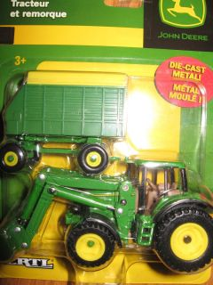 Ertl 1 64 Farm Toy John Deere Tractor and Wagon 37541