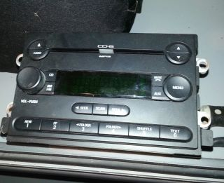 FORD 6 CD DISC CHANGER STEREO RADIO F150 MUSTANG FREESTYLE EDGE FUSION