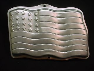 Wilton AMERICAN FLAG cake pan STARS & STRIPES mold tin 4TH OF JULY