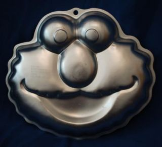 Wilton Cake Pan Elmo Sesame Street Workshop 2105 3461