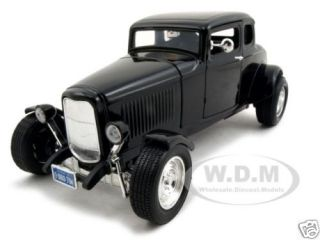 1932 Ford Coupe Black 1 18 Diecast Model Car