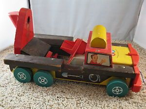 VINTAGE FISHER PRICE WOODEN CEMENT TRUCK PULL TOY # 926 MISSING MIXER