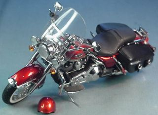 FRANKLIN MINT 1999 HARLEY DAVIDSON ROAD KING CLASSIC MOTORCYCLE 1 10