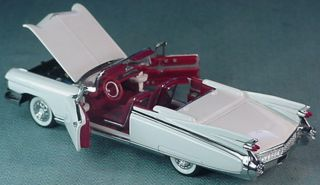 FRANKLIN MINT 1959 CADILLAC ELDORADO CONVERTIBLE WHITE 1 43 MINT