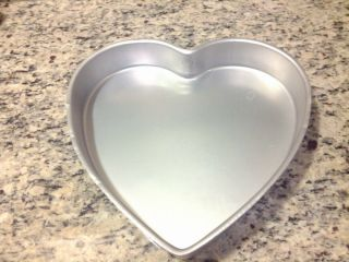 Wilton Cake Pan Heart Pan 502 1298 for Your Valentine