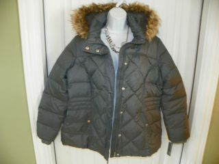 Womens Winter Coat w faux fur hood made by Covington size 1XL
