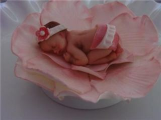 FONDANT EDIBLE PINK BABY & FLOWER CAKE TOPPER BABY SHOWER DECORATION