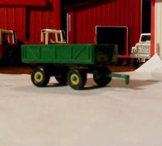 64 Ertl Farm Toy John Deere Barge Wagon Tractor Implement