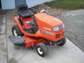 Kubota T1760 Lawn Tractor Riding Mower