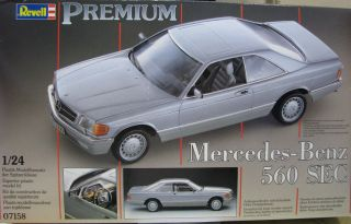 Revell Germany 1 24 Scale Mercedes Benz 560 Sec Model Kit New
