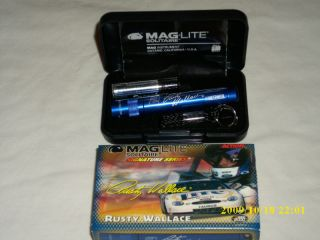 NASCAR Rusty Wallace Mini Maglite Flashlight w Case
