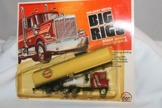 Zee Toys Big Rigs, Gulf Gasoline Semi Truck, Mint on Card