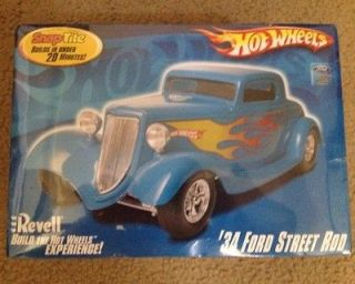 1934 FORD STREET ROD, Hot Wheels, REVELL SNAPTITE