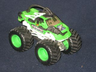 Hot Wheels Monster Jams Cyborg Truck 1 64 Scale Green Rims RARE L K