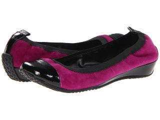 Kenneth Cole Reaction Blink Wink Womens Flat Shoes (Purple)